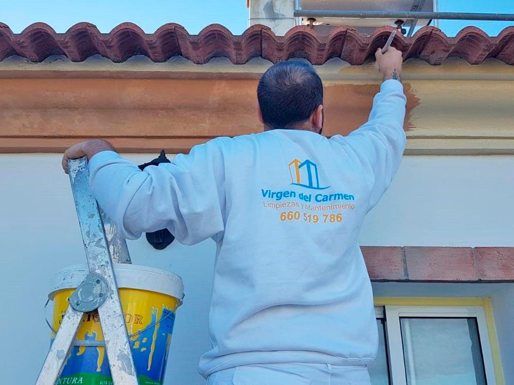 limpiezas-virgen-del-carmen-torre-del-mar-pintura-interior-y-exterior (1)
