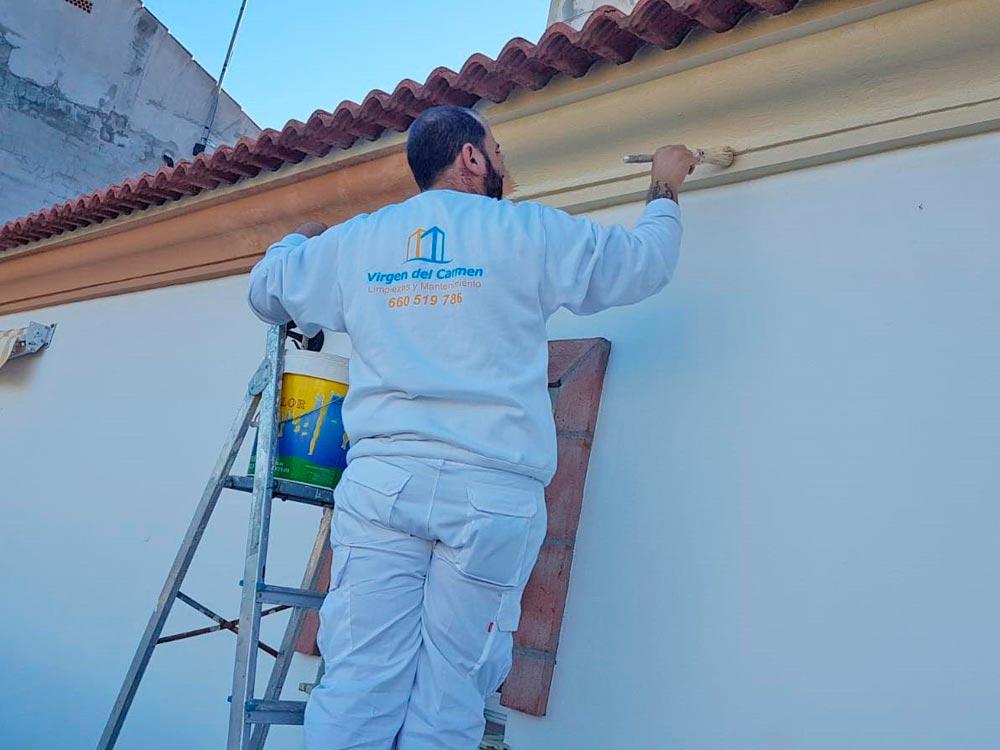 limpiezas-virgen-del-carmen-torre-del-mar-pintura-interior-y-exterior (2)