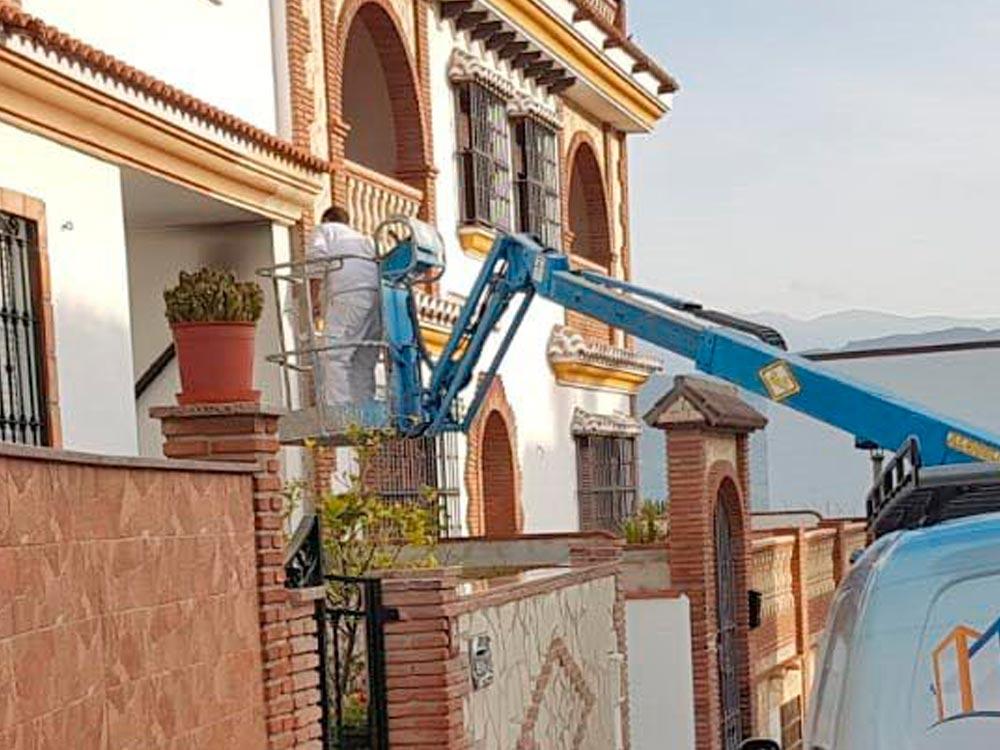 limpiezas-virgen-del-carmen-trabajos-en-altura (2)